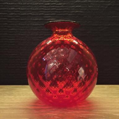 La beauté et la tradition des souffleurs de verre vénitiens